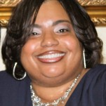 Sis Michell, Administrator